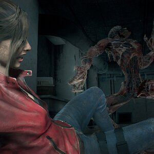 Resident Evil 2 (Remake) - Claire with Mutating Licker